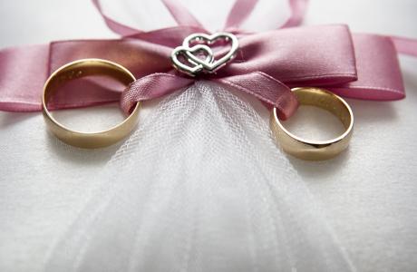 כיצד אפשר ליצור הזמנה מיוחדת לחתונה?